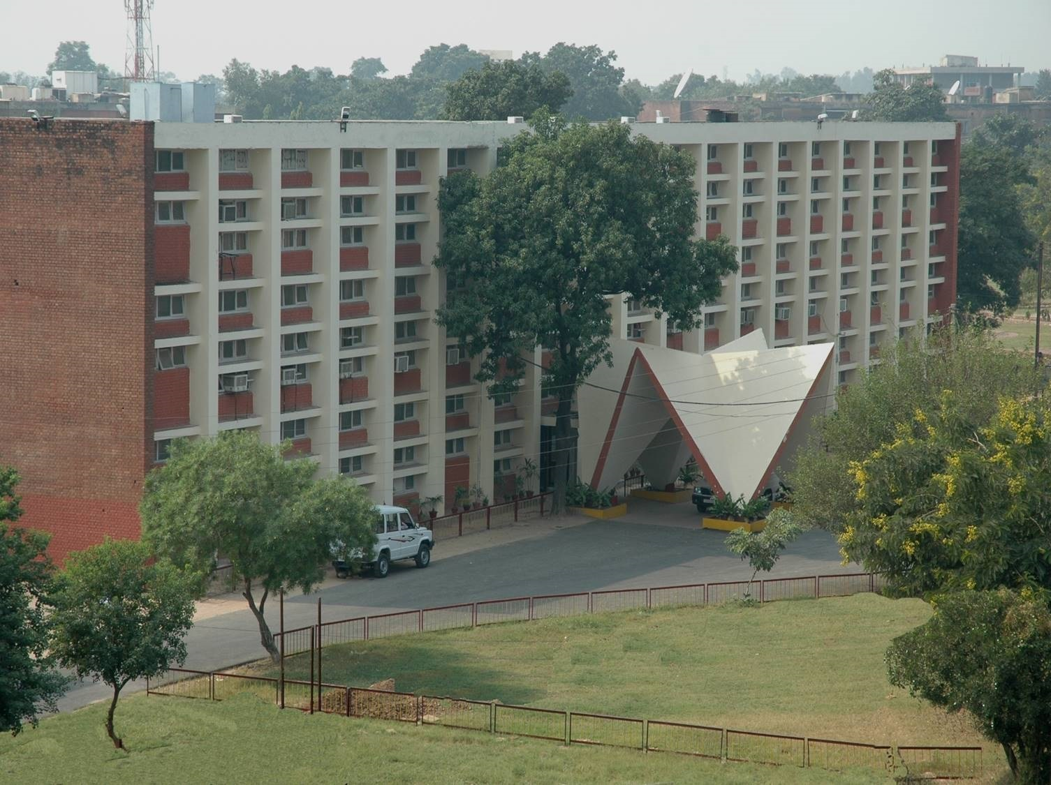 CHANDIGARH COLLEGE OF ENGG. AND TECH. (DIPLOMA WING), CHANDIGARH